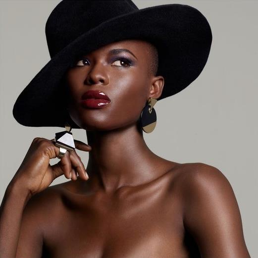 Tracy Onyekachukwu « African Views And Echoes